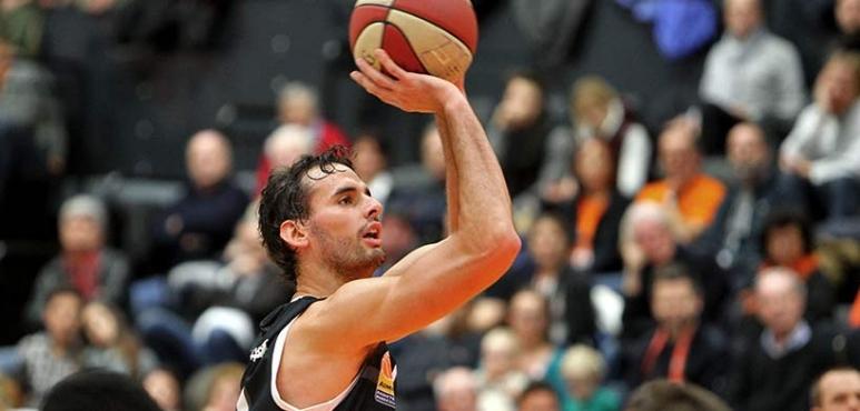 38 points for Fabricio Vay