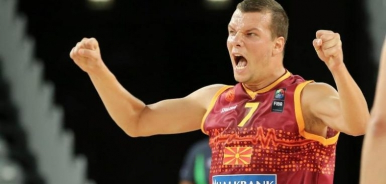 Kostoski's shooting night in Romania