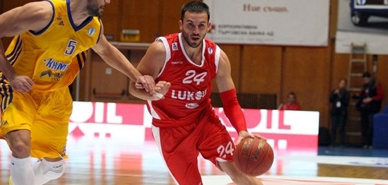 Beroe signs Filip Videnov