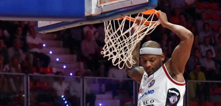 Hall named again Player of the week in Italy