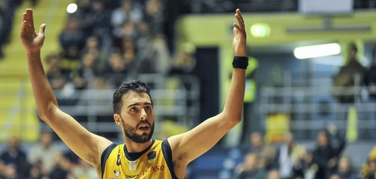 Vujacic and Boungou-Colo lead Torino to victory
