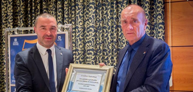 Luciano Capicchioni awarded by San Marino Basketball Federation