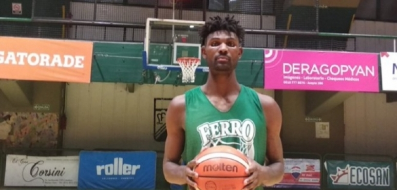 Ferro signs Anthony January
